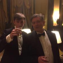 Male Professional, George, seeking flatmate in London