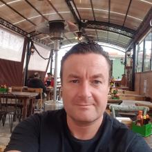Male Freelancer/self employed, Allan, seeking flatmate in Tottenham
